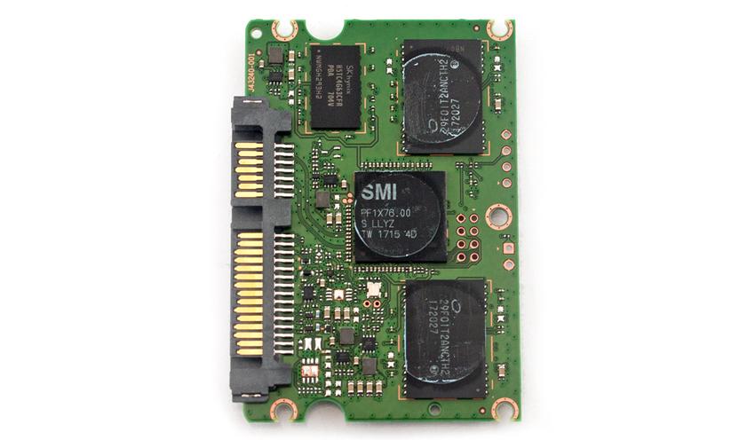 Intel-545S_4.jpg