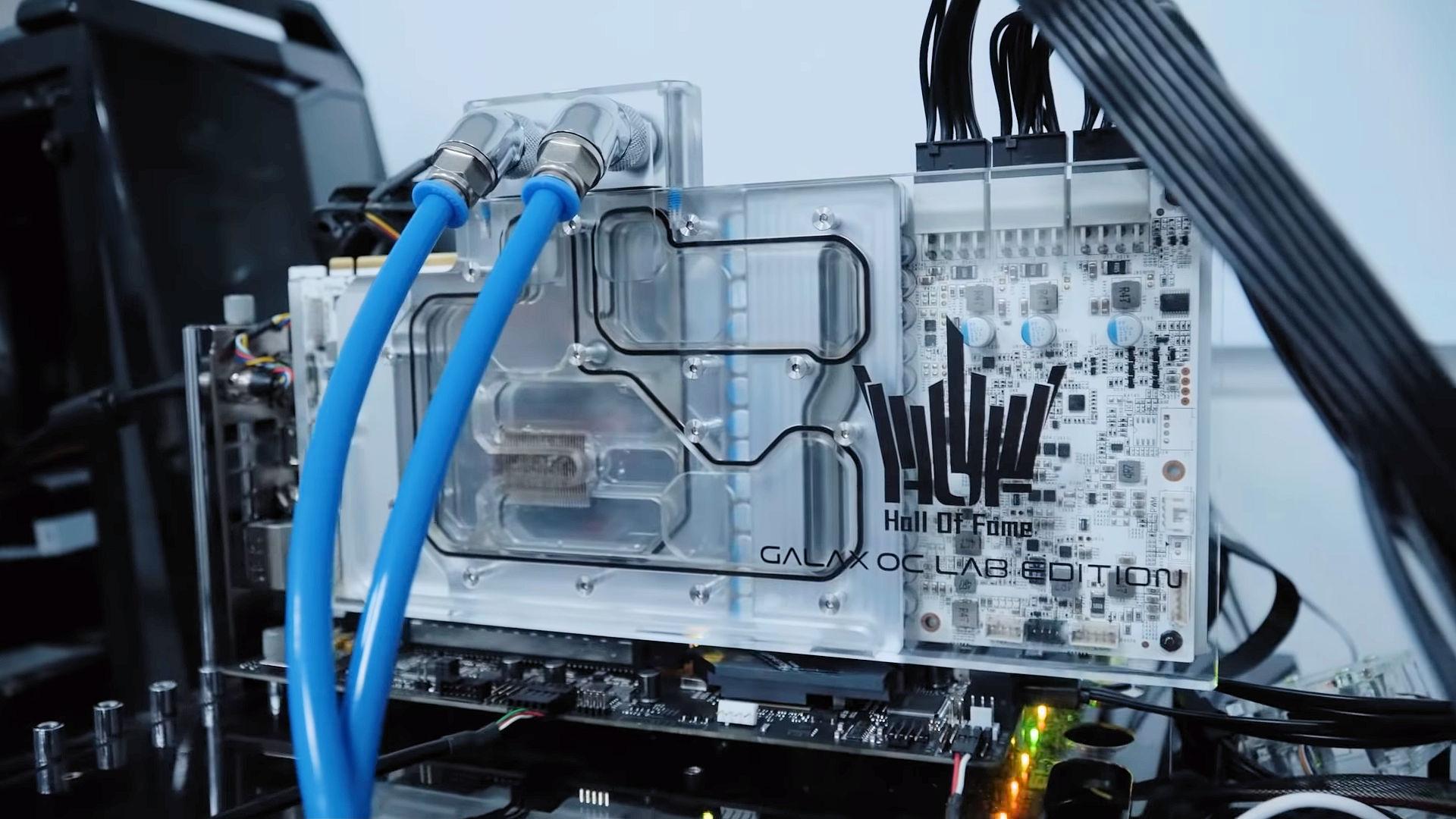 TecLab-RTX-2080-Ti-SUPER-4.jpg