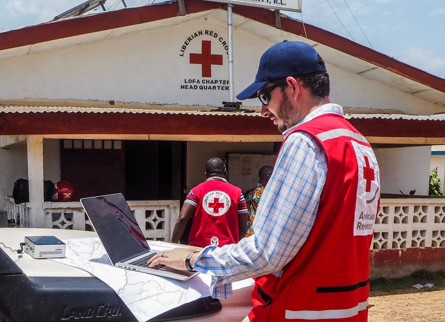 https://www.coolaler.com.tw/image/news/19/12/Intel-AI-Dale-AmericanRedCross-Mapping.jpg
