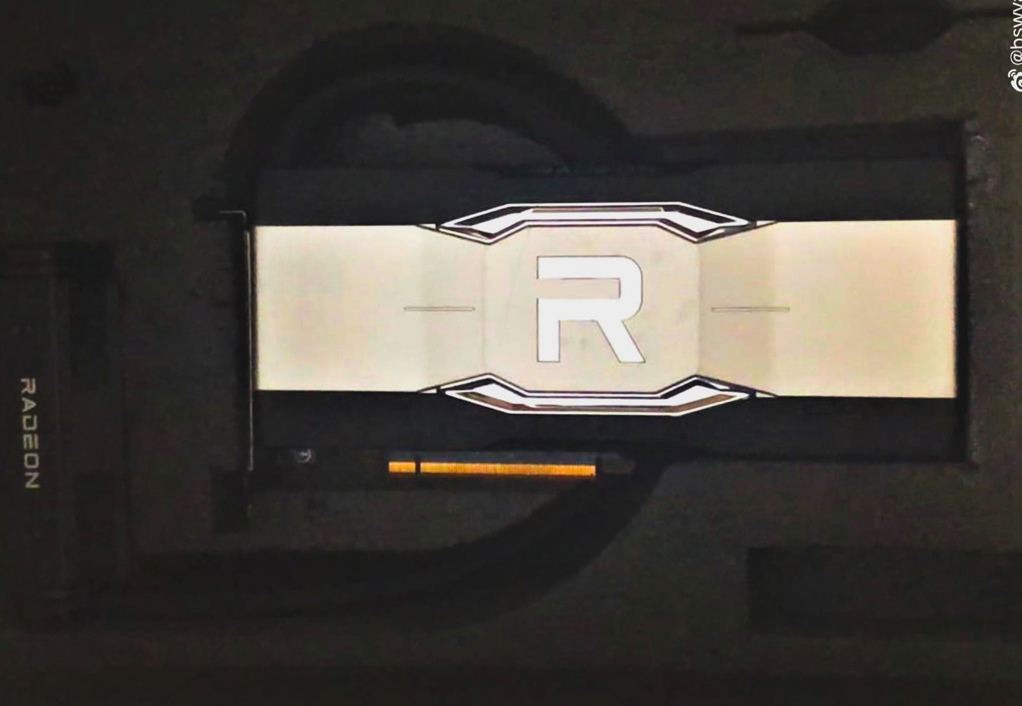 https://www.coolaler.com.tw/image/news/21/04/AMD-Radeon-RX-6900-XTX-Liquid-1.jpg
