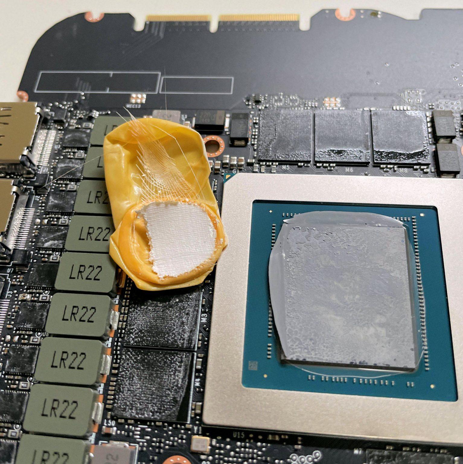 NVIDIA-RTX-3090-fe_0821.jpg